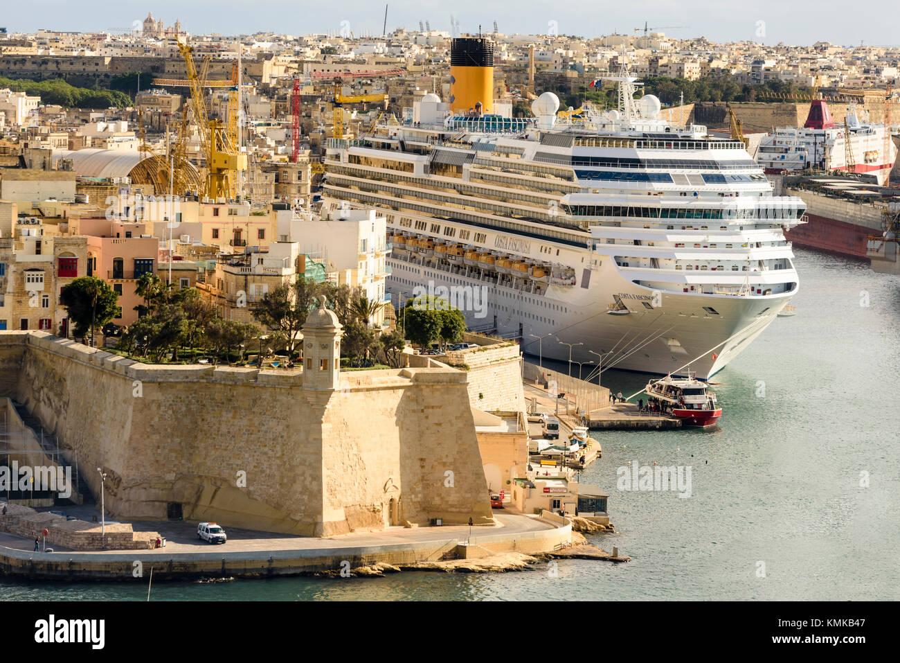 Cruise liner Costa Fascinosa in Valletta Harbour, Malta - Stock Image