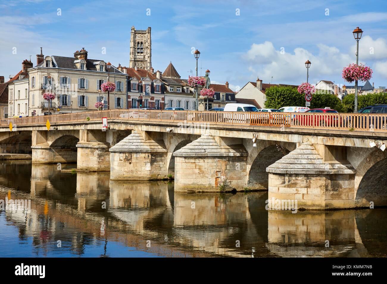 Saint Pierre church, Paul Bert bridge, Yonne river, Auxerre, Yonne, Burgundy, Bourgogne, France, Europe - Stock Image