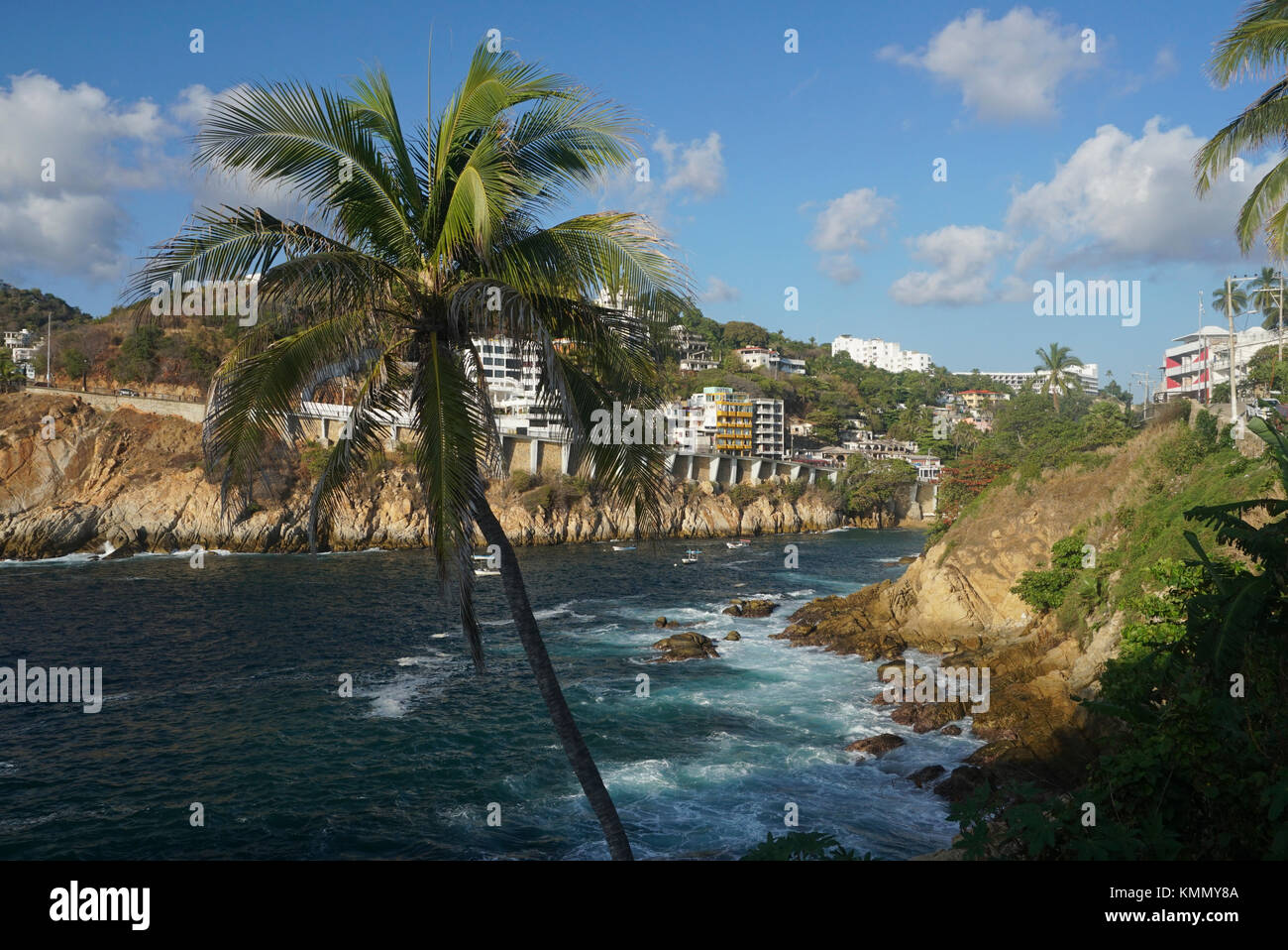 Avenida Adolpho Lopez Mateos in the Las Palmas neighborhood, Acapulco, Mexico. Homes and hotels overlooking the - Stock Image