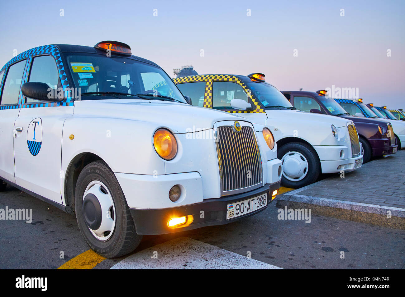 BINA, AZERBAIJAN - OCTOBER 9, 2017: Transfer from Heydar Aliyev Airport to Baku on white cab is the first pleasure - Stock Image