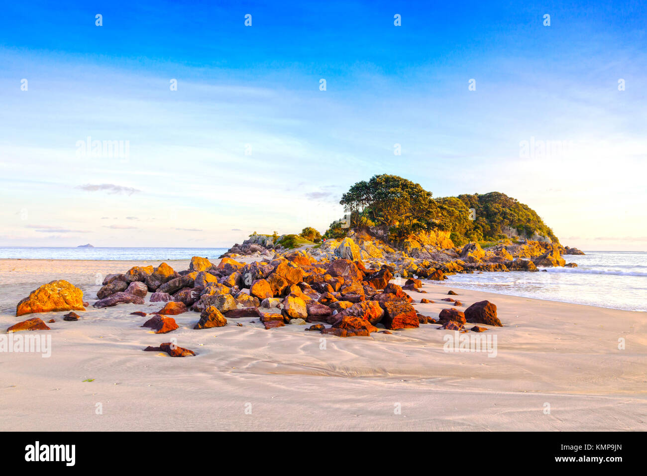 Beach, Mount Maunganui, Bay of Plenty, New Zealand. - Stock Image