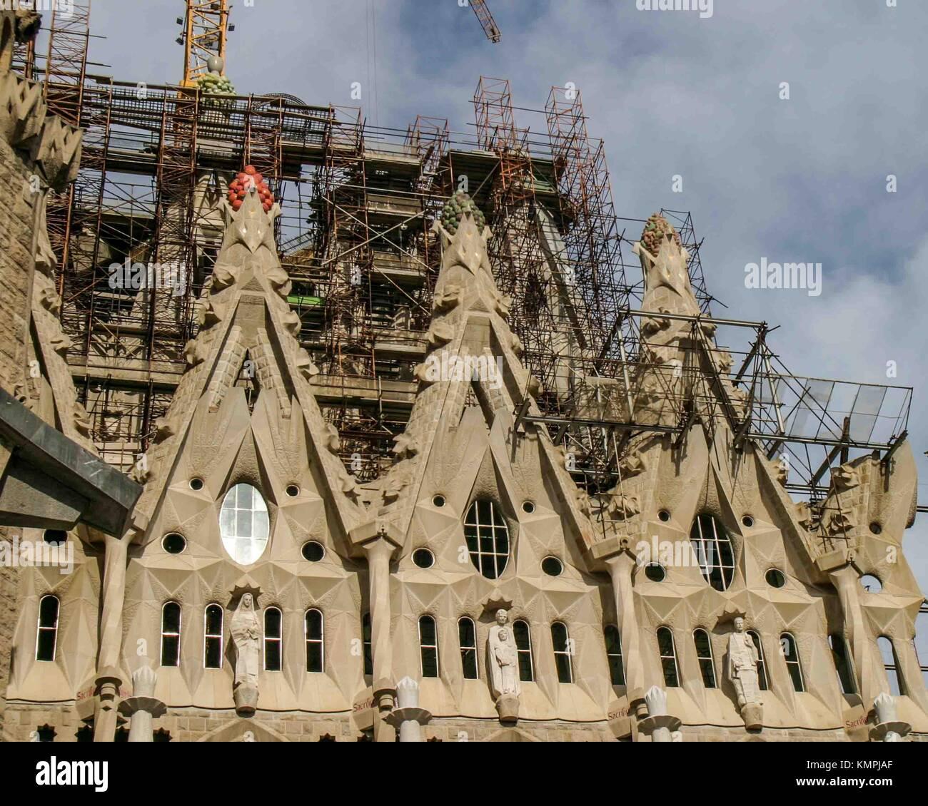 Barcelona, Catalonia, Spain. 19th Oct, 2004. The celebrated unfinished Sagrada Familia (Sacred Family) Basilica - Stock Image