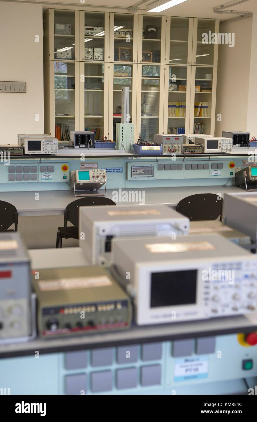 Analog Electronics Laboratory, Escuela Universitaria Politécnica, Universidad del Pais Vasco, San Sebastian, - Stock Image