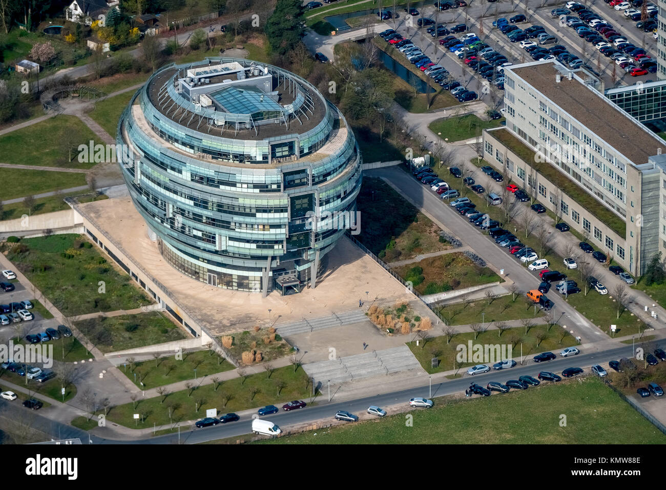 Office tower Heise headquarters in Hanover in spherical form, Heise Medien GmbH & Co KG, Heise Media Service - Stock Image