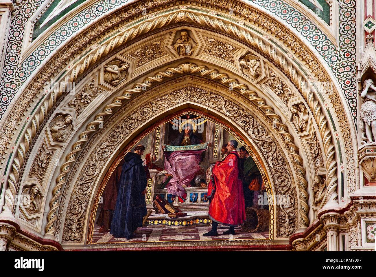 Mary Mosaic Facade Statues, Duomo Basilica Cathedral Church Florence Italy - Stock Image