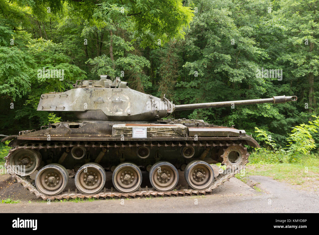 An American M41 Walker Bulldog at the Four-à-Chaux site of the Maginot Line at Lembach, Alsace - Stock Image
