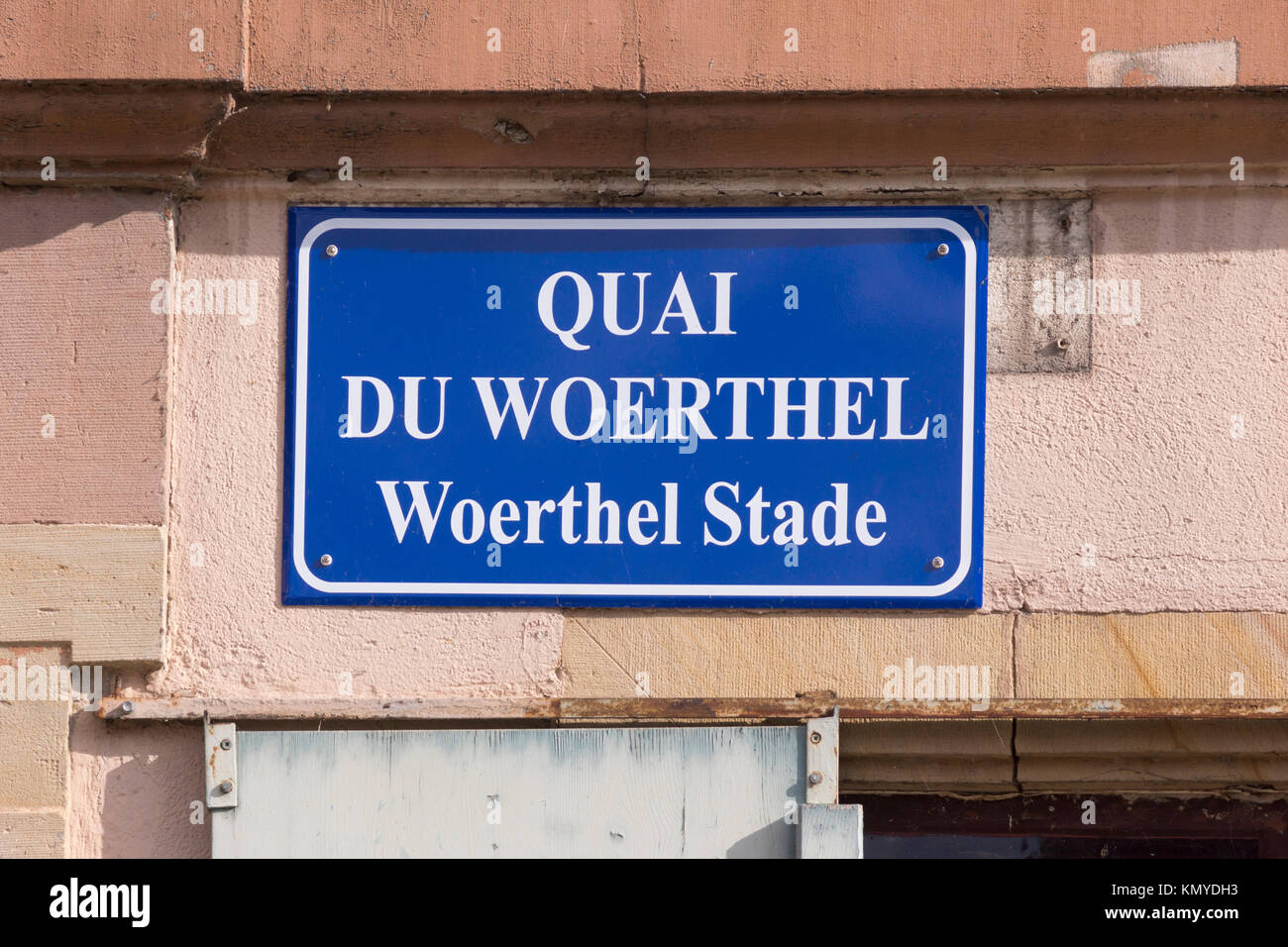 A bilingual French and Alsatian language street sign in Strasbourg, Alsace - Stock Image