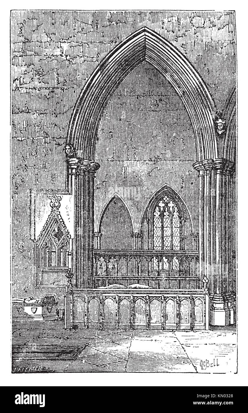 Decoracted gothic arch in Dorchester Abbey in Dorchester-on-Thames, Oxfordshire, England  Old engraved illustration - Stock Image