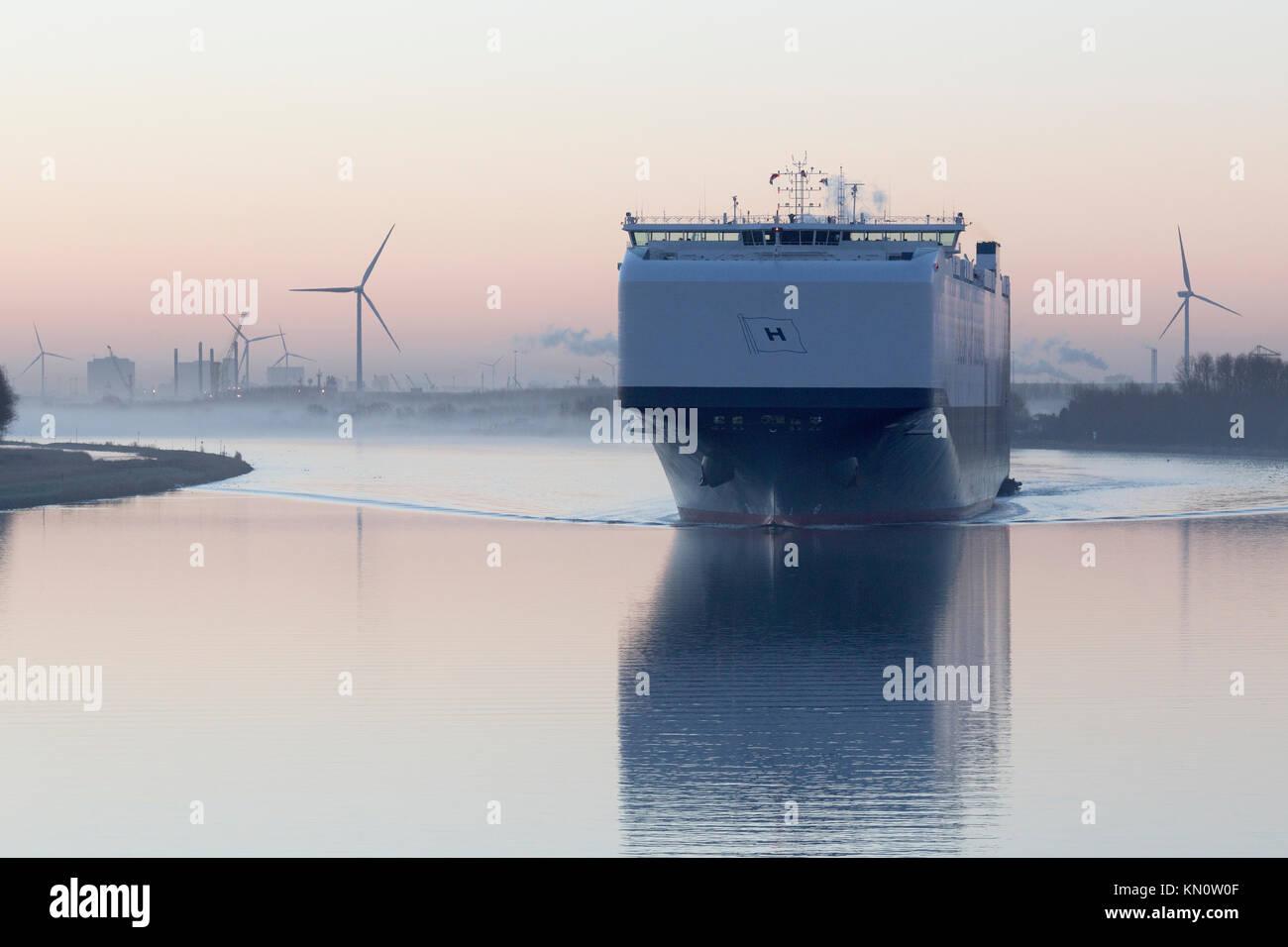 A Höegh Autoliners vessel departs Amsterdam - Stock Image