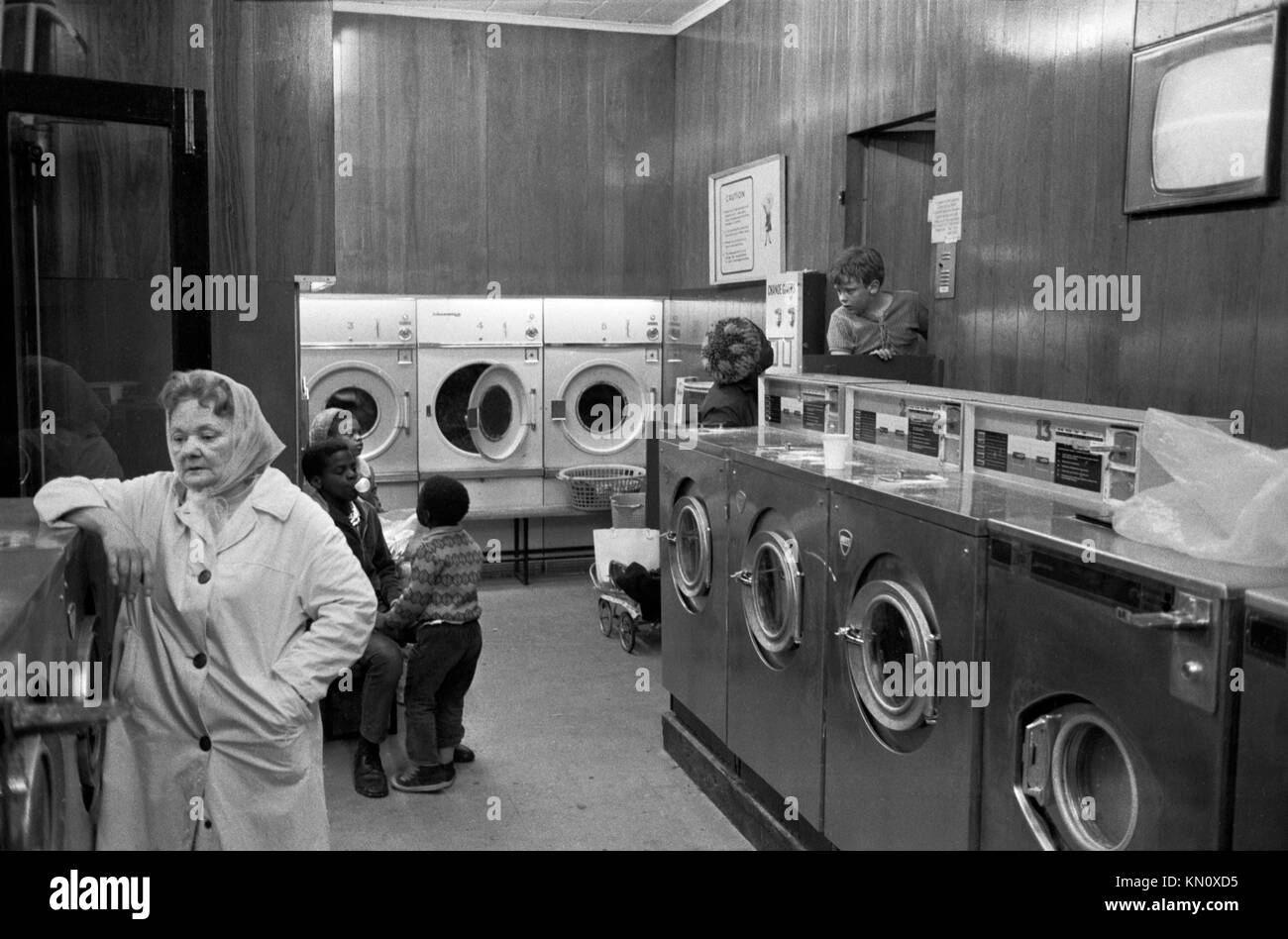 Washing Machine 1970s Stock Photos Amp Washing Machine 1970s