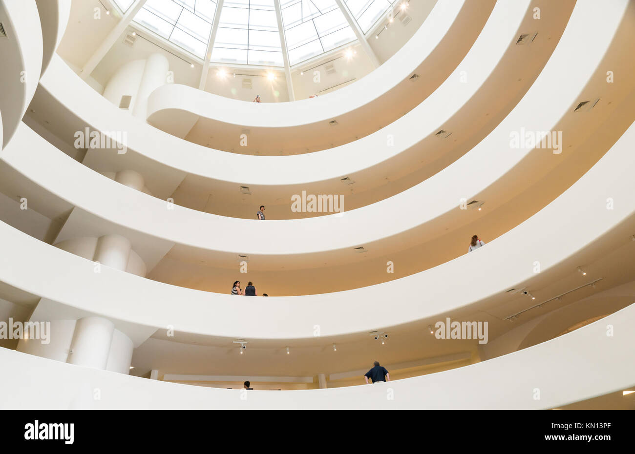 NEW YORK CITY - JULY 10: Interior of the Solomon R. Guggenheim Museum of modern and contemporary art in New York - Stock Image