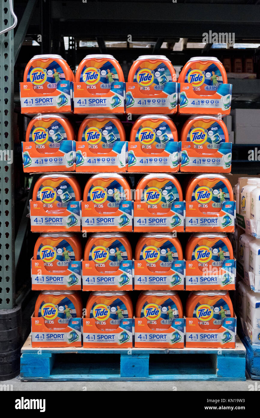 Large packages of Tide detergent pods for sale at BJ's Wholesale Club in Whitestone, Queens, New York. - Stock Image