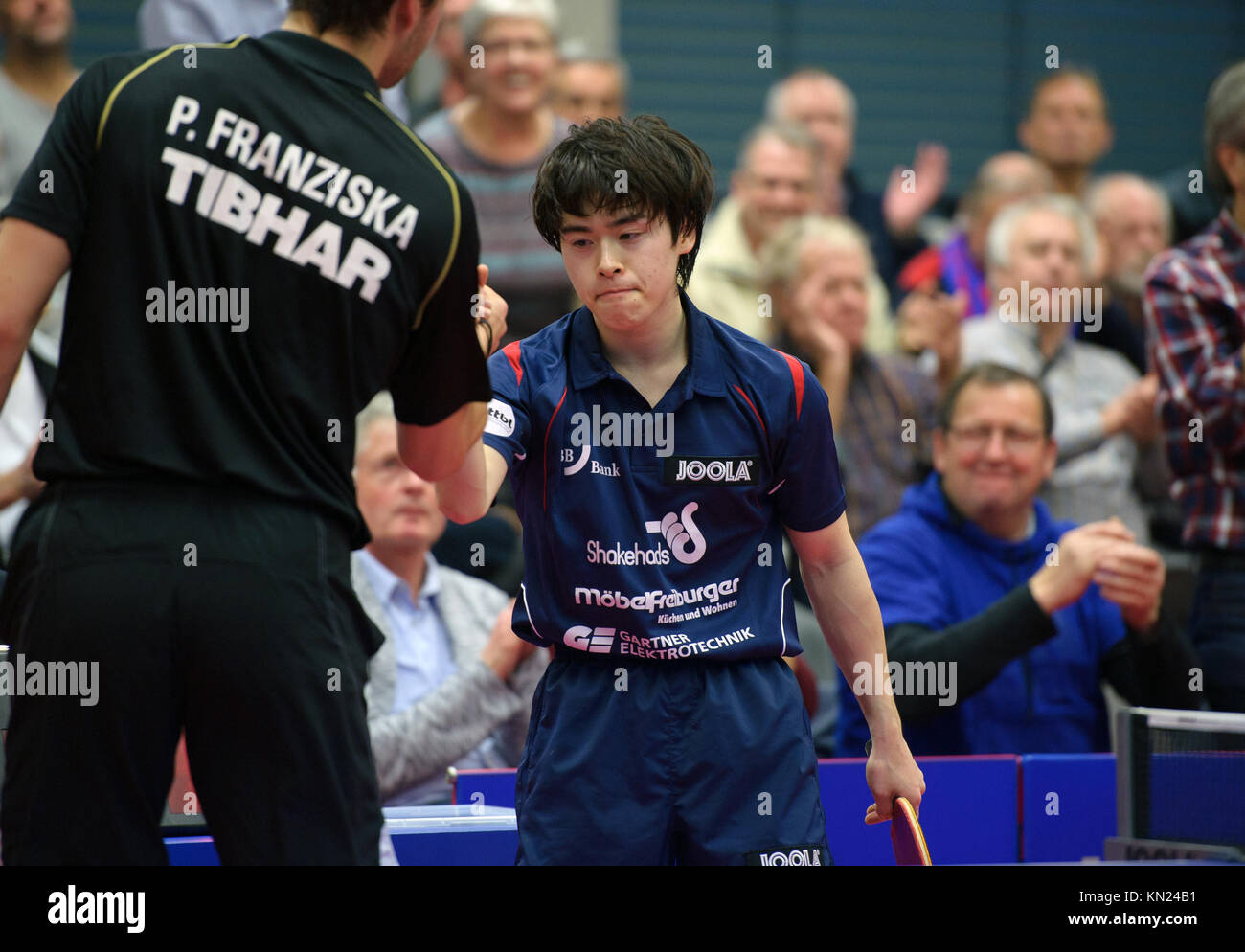 Germany. 10th Dec, 2017. Deutschland. 10th Dec, 2017. Masataka Morizono (Gruenwettersbach), gewinnt versus Patrick - Stock Image