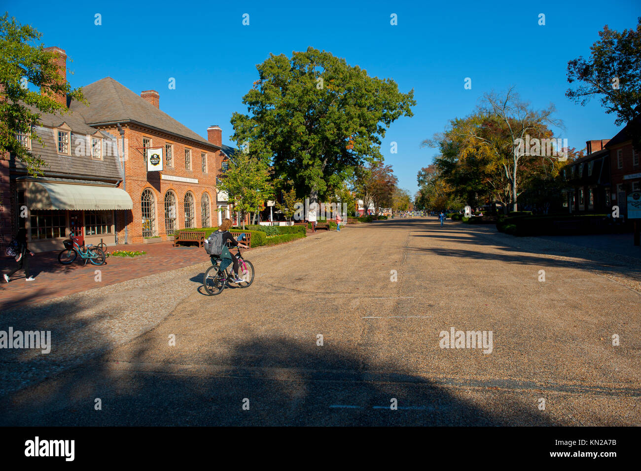 USA Virginia VA Colonial Williamsburg Merchants Square Duke of Gloucester Street Fall Autumn - Stock Image