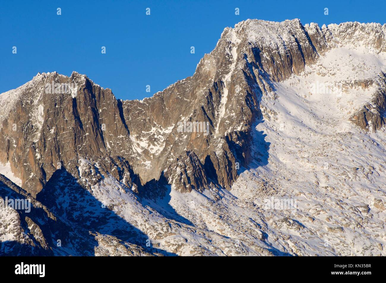 Maladeta Peak and Maldito Peak in the Maladeta Massif, Posets Maladeta Natural Park, Huesca, Aragon, Pyrenees, Spain. Stock Photo