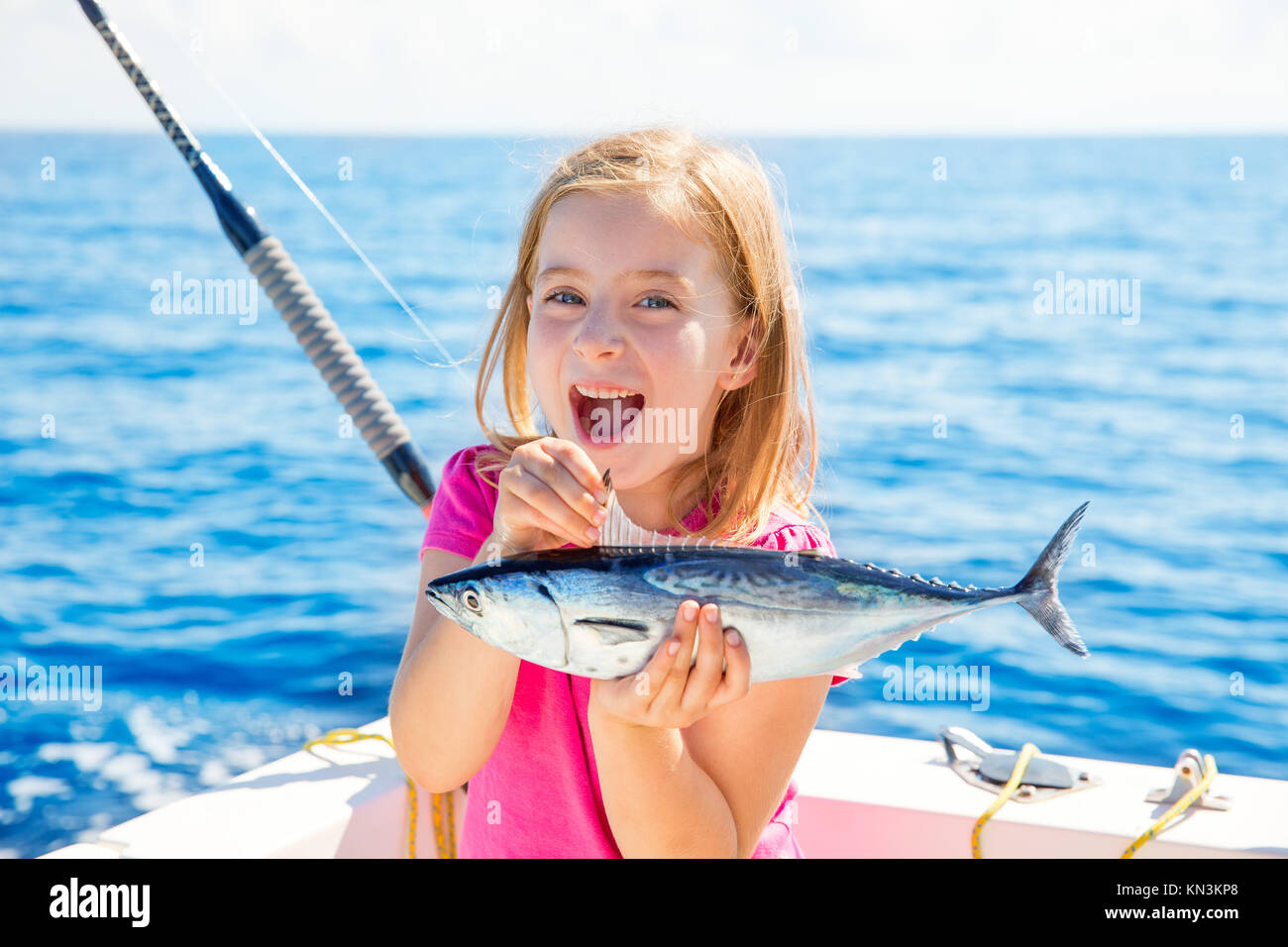 how to catch tuna trolling
