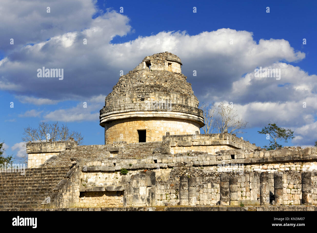 El Caracol (the snail) Mayan observatory ruin at Chichen Itza, Yucatan, Mexico. - Stock Image