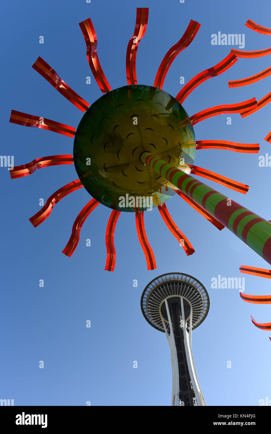 The Sonic Bloom art installation and Seattle Space Needle - Stock Image