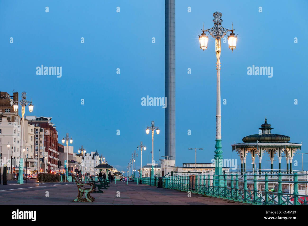 Evening on Brighton seafront, East Sussex, England. - Stock Image