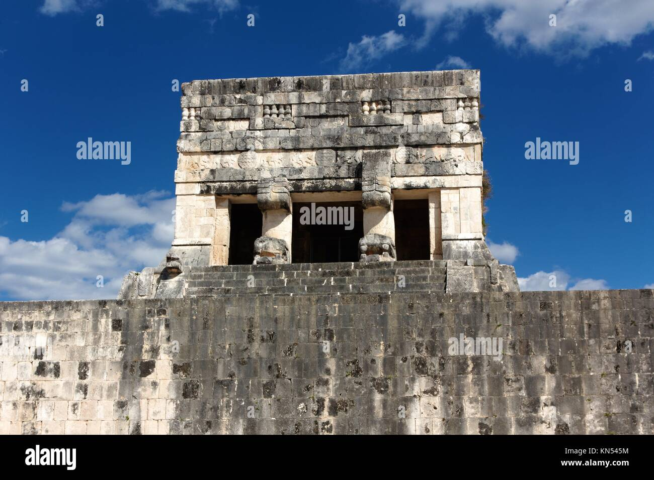 Detail of a tower at the Juego de Pelota (ball game) ruins at the Mayan city of Chichen Itza, Mexico. - Stock Image