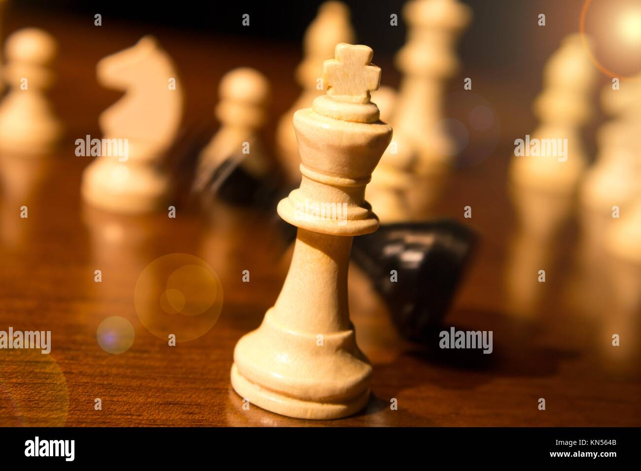 checkmate, falling chess king. - Stock Image