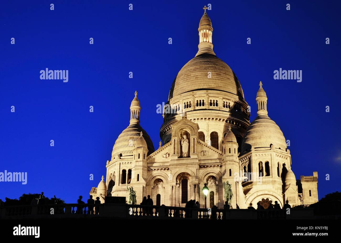 Basilica Sacre Coeur (Sacred Heart of Jesus) on Montmartre in Paris, France. - Stock Image
