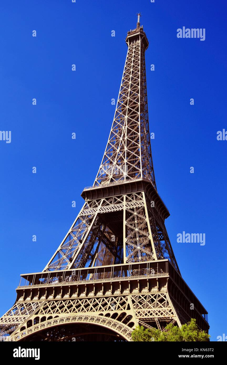 The Eiffel Tower in Paris, France. - Stock Image