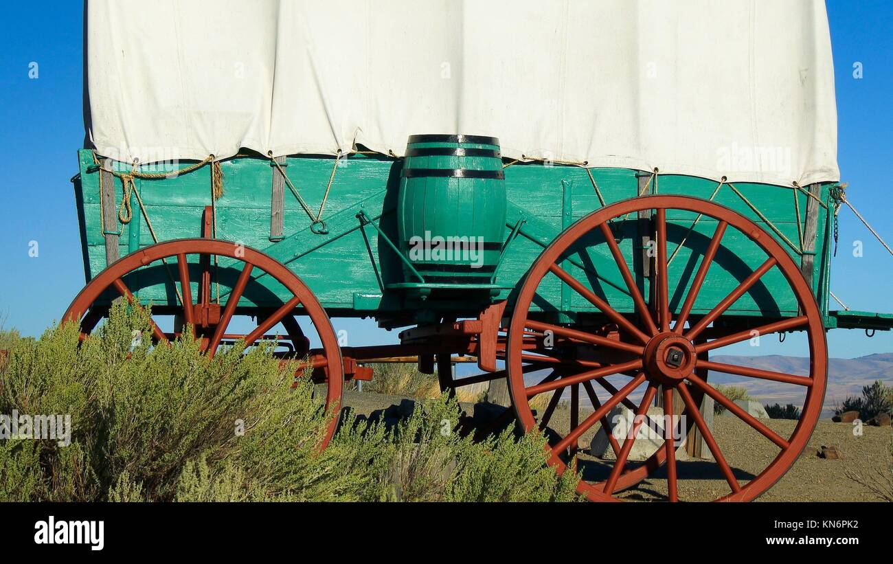 A Covered Wagon Stock Photos Amp A Covered Wagon Stock