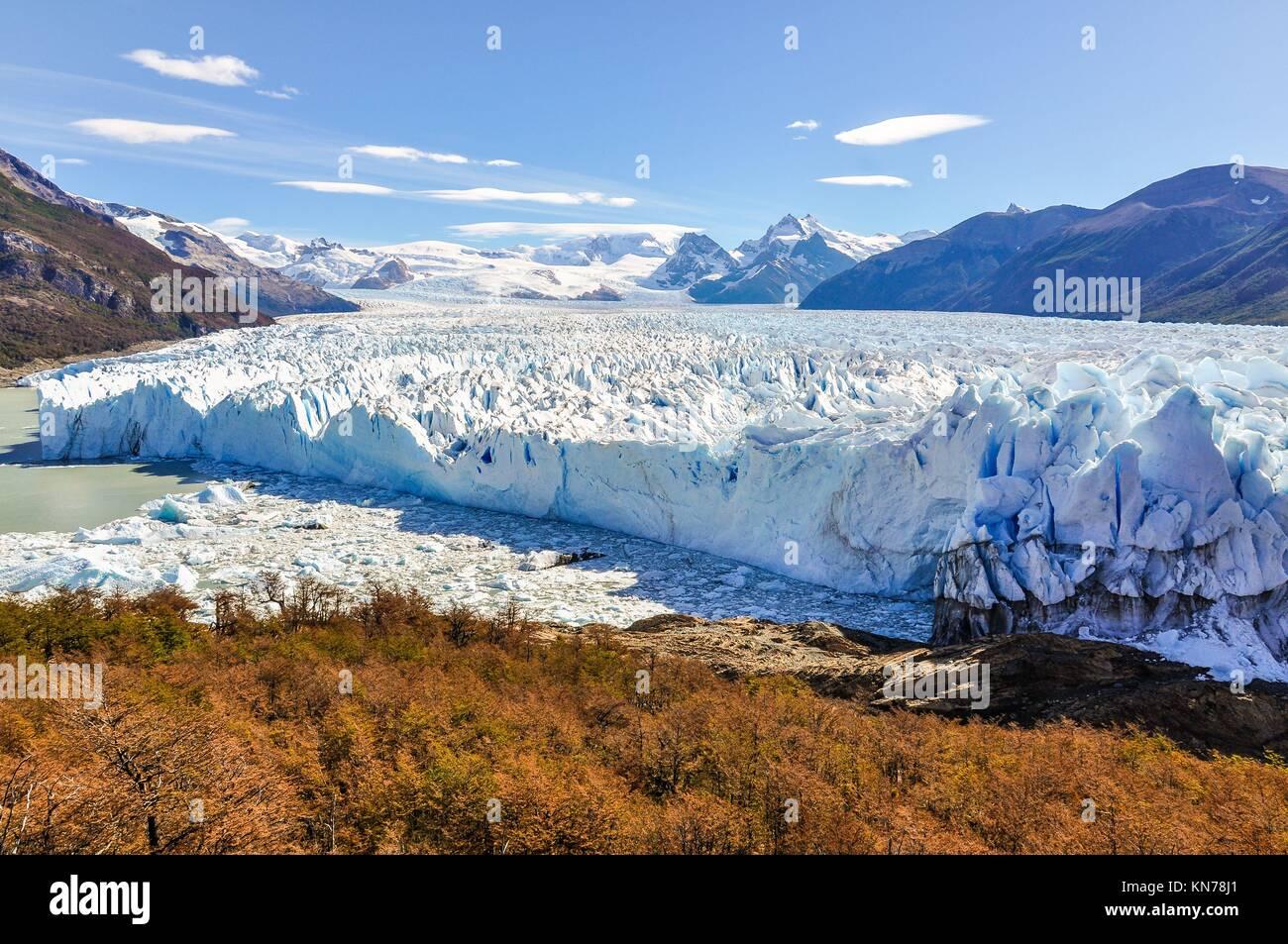 Panoramic view at the Perito Moreno Glacier, Patagonia, Argentina. - Stock Image