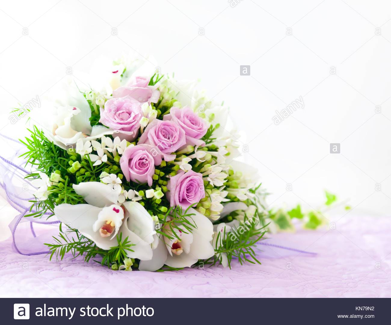Wedding Pink Roses And White Orchid Bouquet Stock Photo 167962398