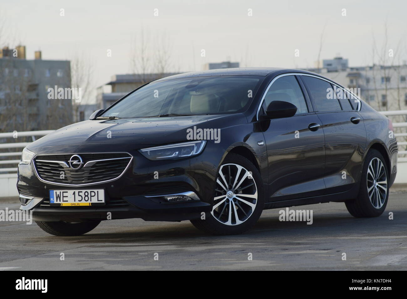 Opel Insignia 2017 High Resolution Stock Photography And Images Alamy