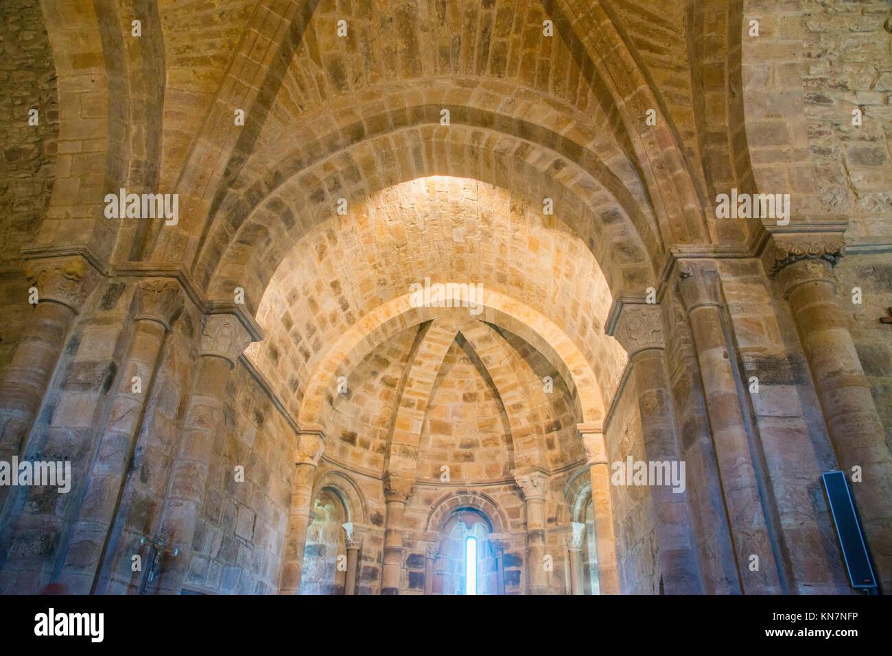 Vault of the Romanesque church. San Salvador de Cantamuda, Palencia province, Castilla Leon, Spain. - Stock Image