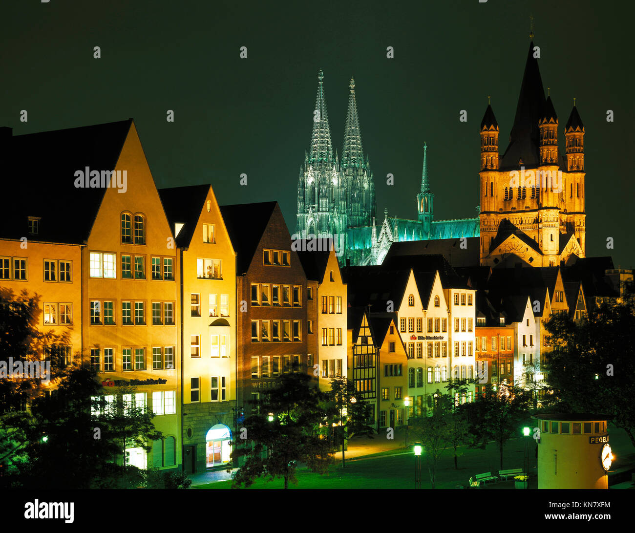 Cologne Cathedral and skyline at night, Westphalia, Germany - Stock Image