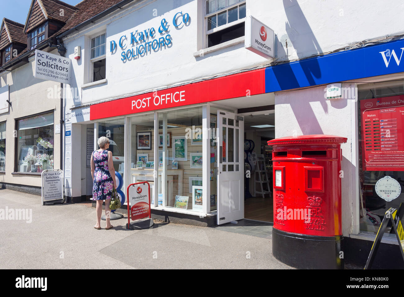 Post Office in W.H.Smith newsagents, High Street, Wendover, Buckinghamshire, England, United Kingdom Stock Photo