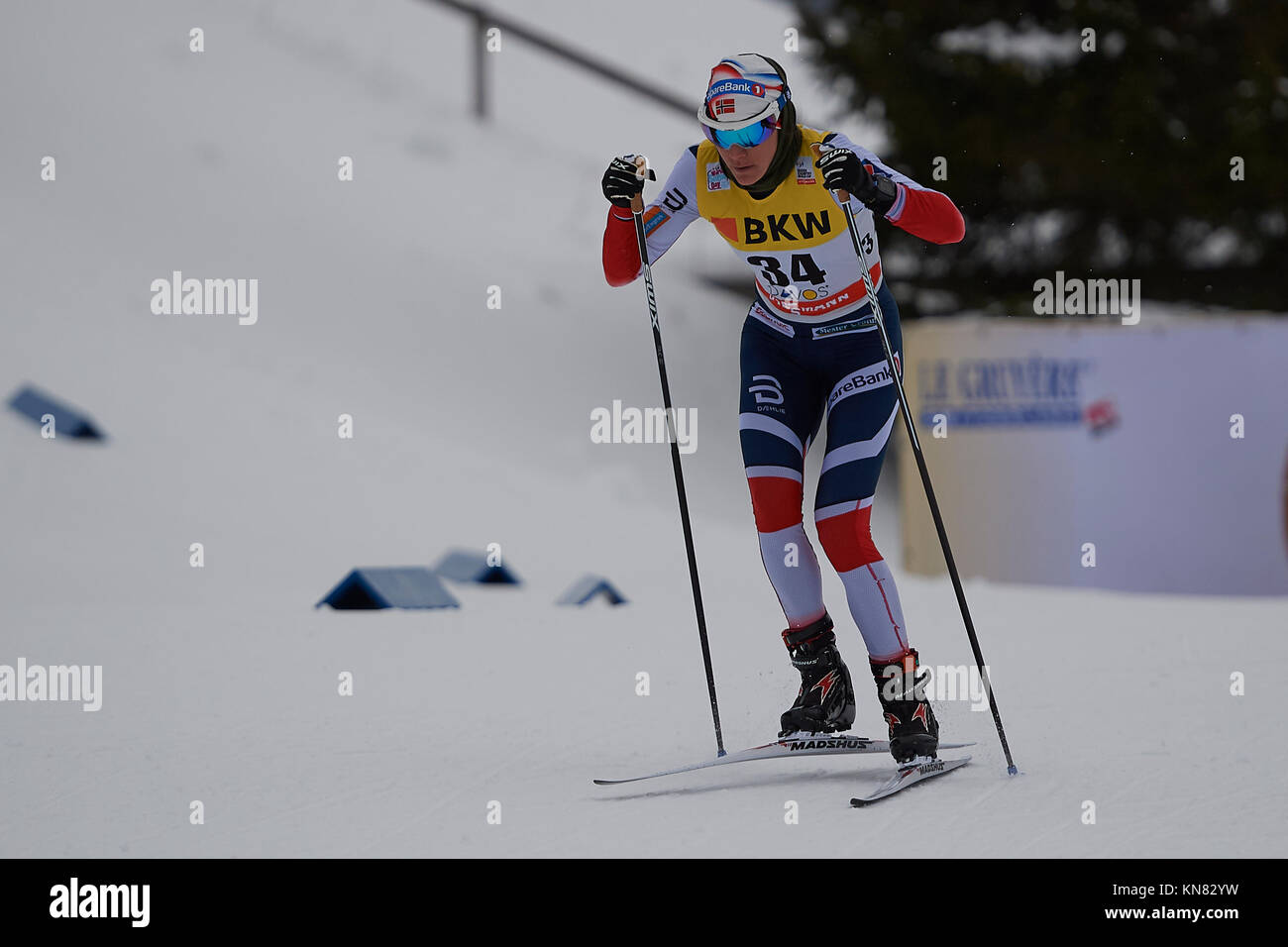 Davos, Switzerland, 10th December 2017. WENG Heidi (NOR) during the Ladies' 10 km F competition at the FIS Cross - Stock Image