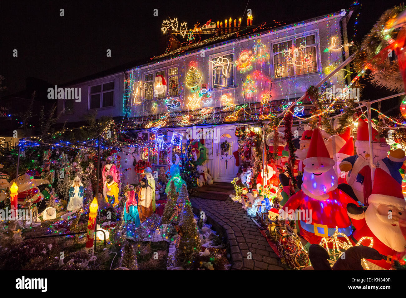 London, UK  10th Dec, 2017  Massive Christmas house lights display