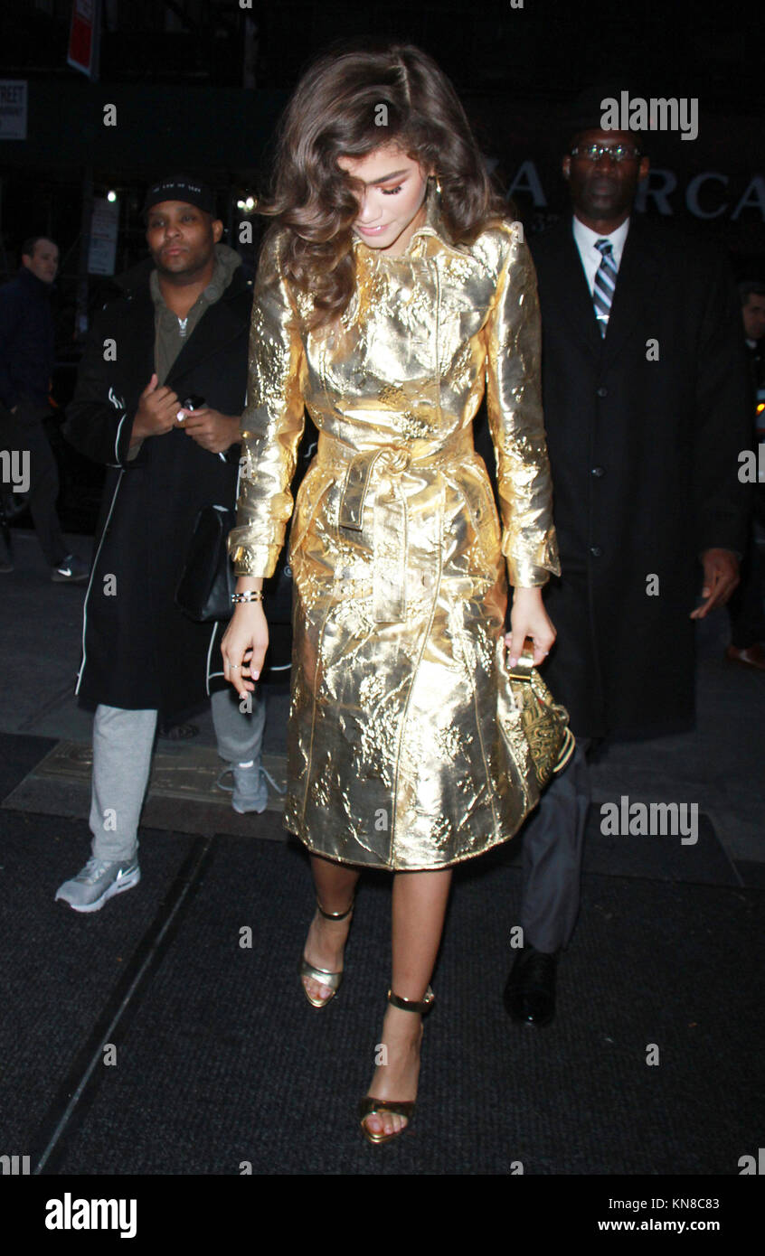 New York, NY, USA. 11th Dec, 2017. Zendaya wearing a gold outfit at NBC's Today Show in New York City on December - Stock Image