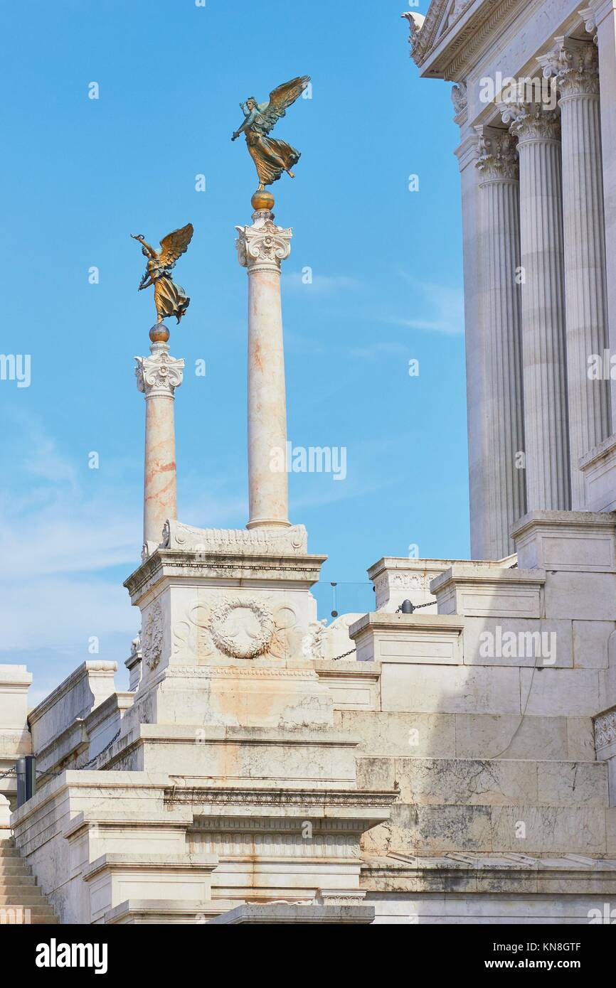 Winged figures on columns, Vittorio Emanuele Monument or ''Vittoriano'' built at the end of the - Stock Image