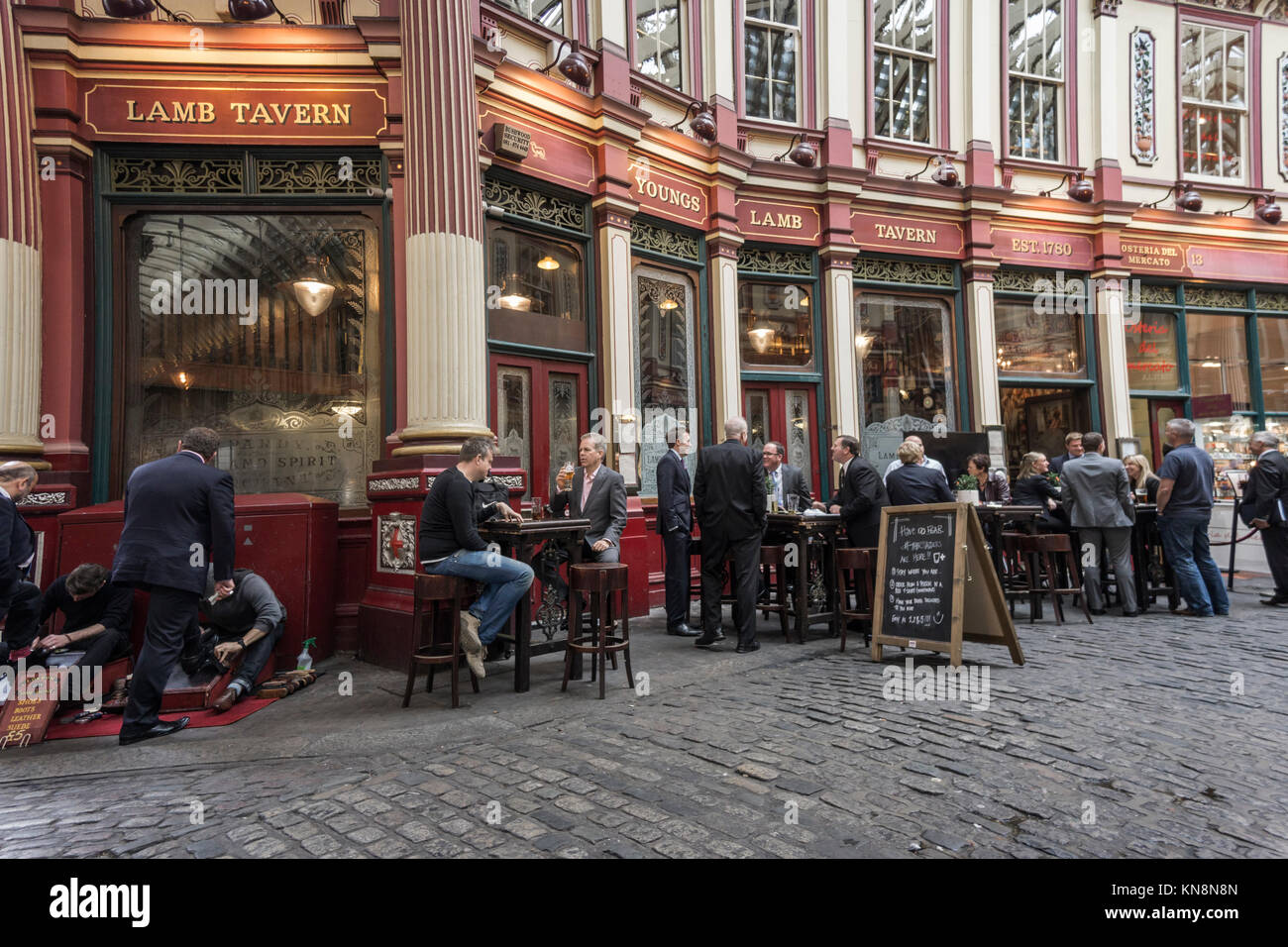 Leadenhall Market, Lamp Tavern Pub, Financial  District, London, UK - Stock Image