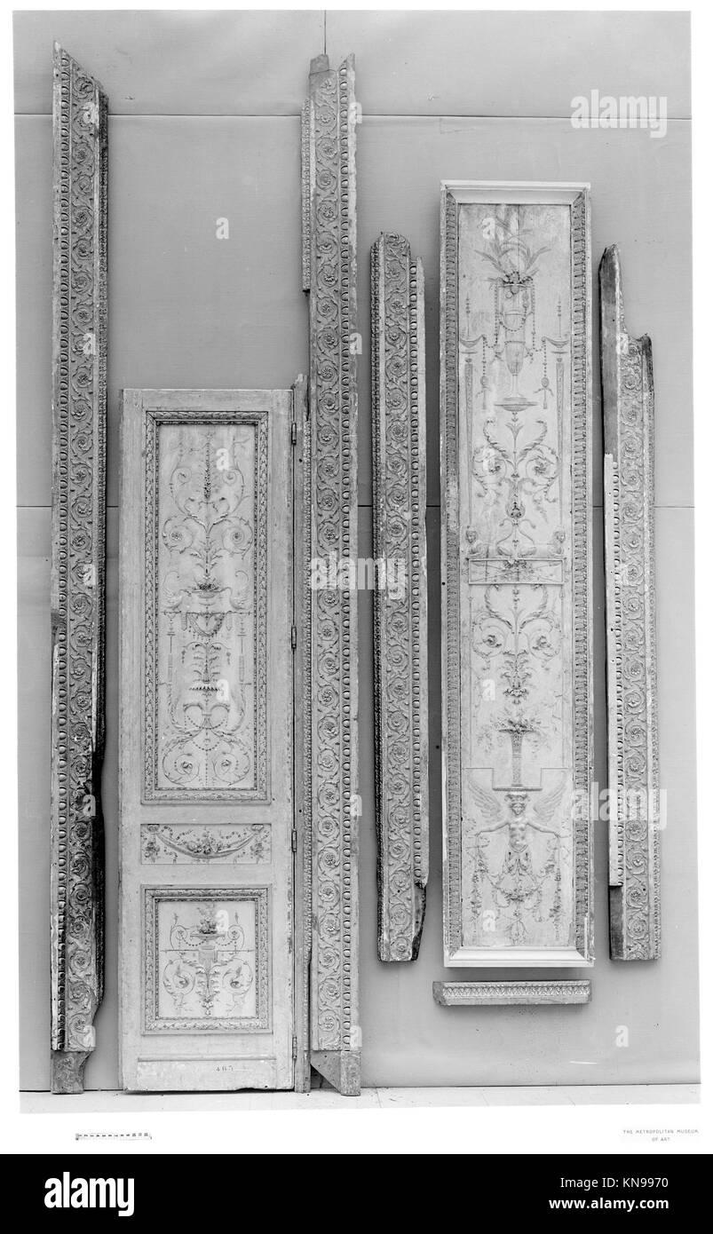 Door from the Tuileries Palace MET 5069 Door from the Tuileries Palace MET 5069 /189717 French, Door from the Tuileries - Stock Image