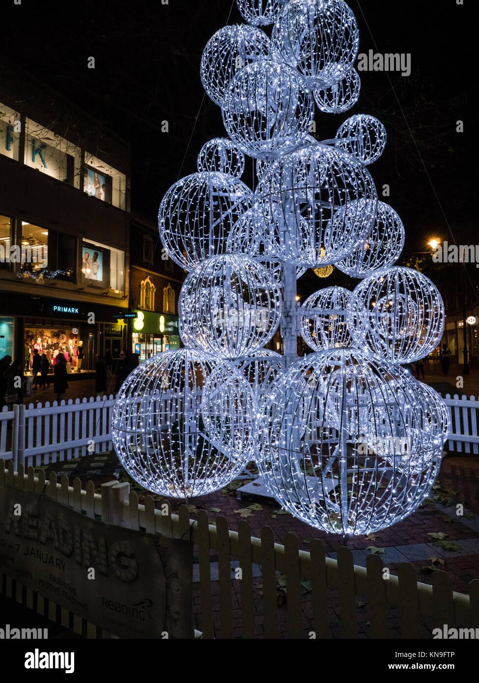 Modern Christmas Tree Broad Street Reading Berkshire England Stock Photo Alamy