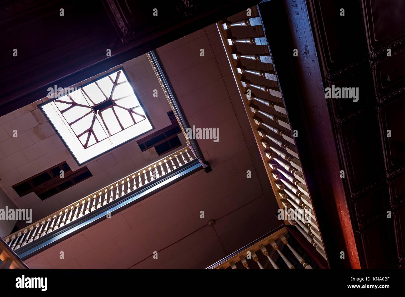 Building Wrap Stock Photos & Building Wrap Stock Images - Alamy