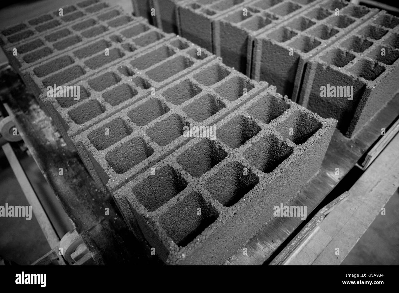 Masonry Trowel Black And White : Brick trowel black and white stock photos images alamy