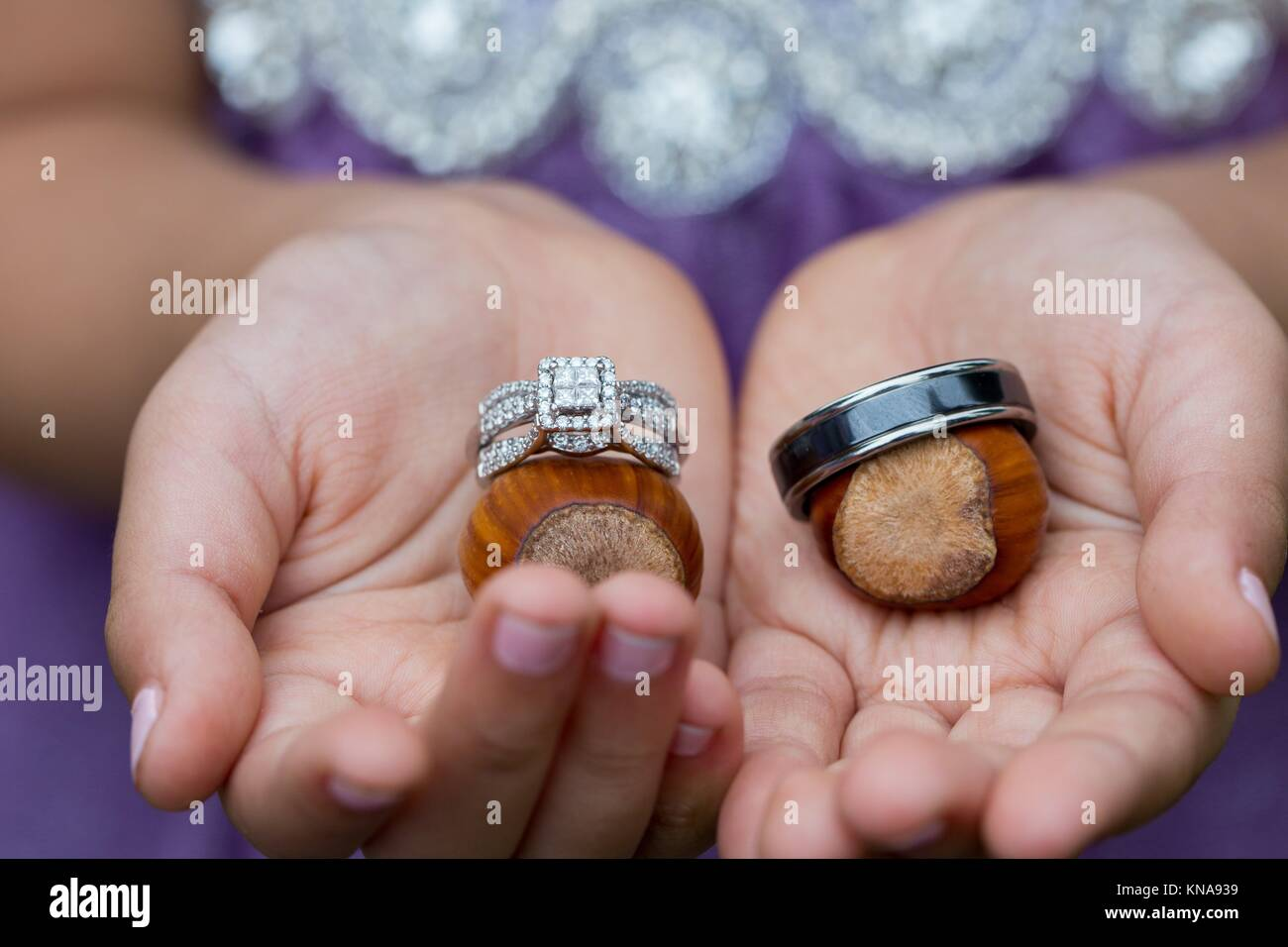 Flower Girl Ring Bearer Stock Photos & Flower Girl Ring Bearer Stock ...