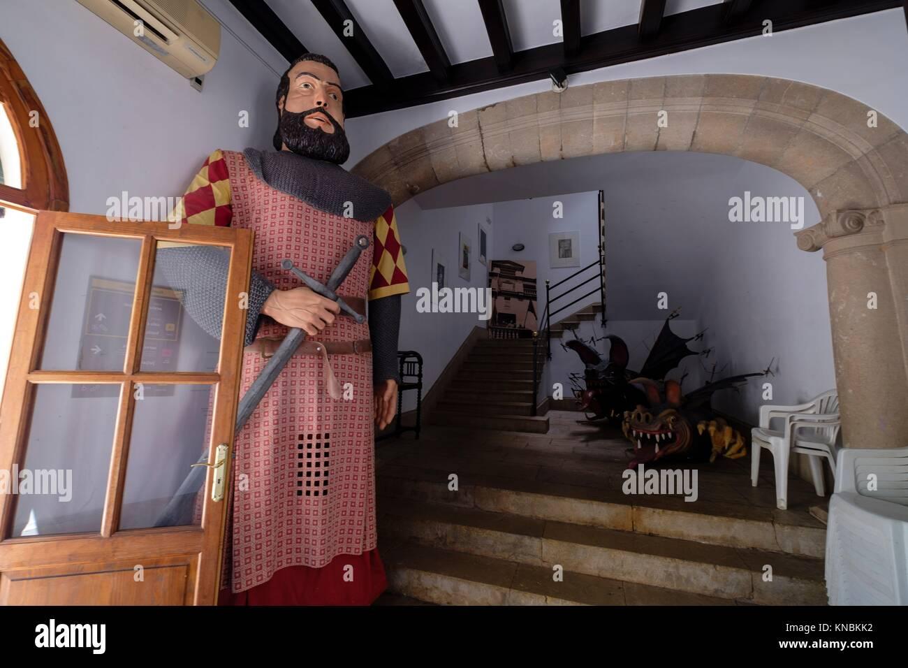 Plasterboard giants, Alaró, comarca de Raiguer, Mallorca, Balearic Islands, Spain. - Stock Image