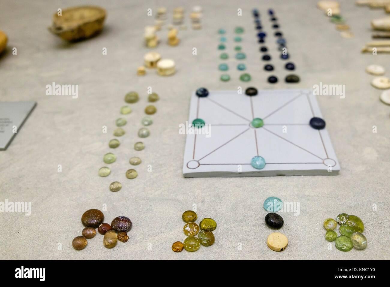 Game chips, dice and board, 1-300 AD., Ibiza and Formentera Archeological Museum, Patrimonio de la Humanidad «Ibiza, - Stock Image