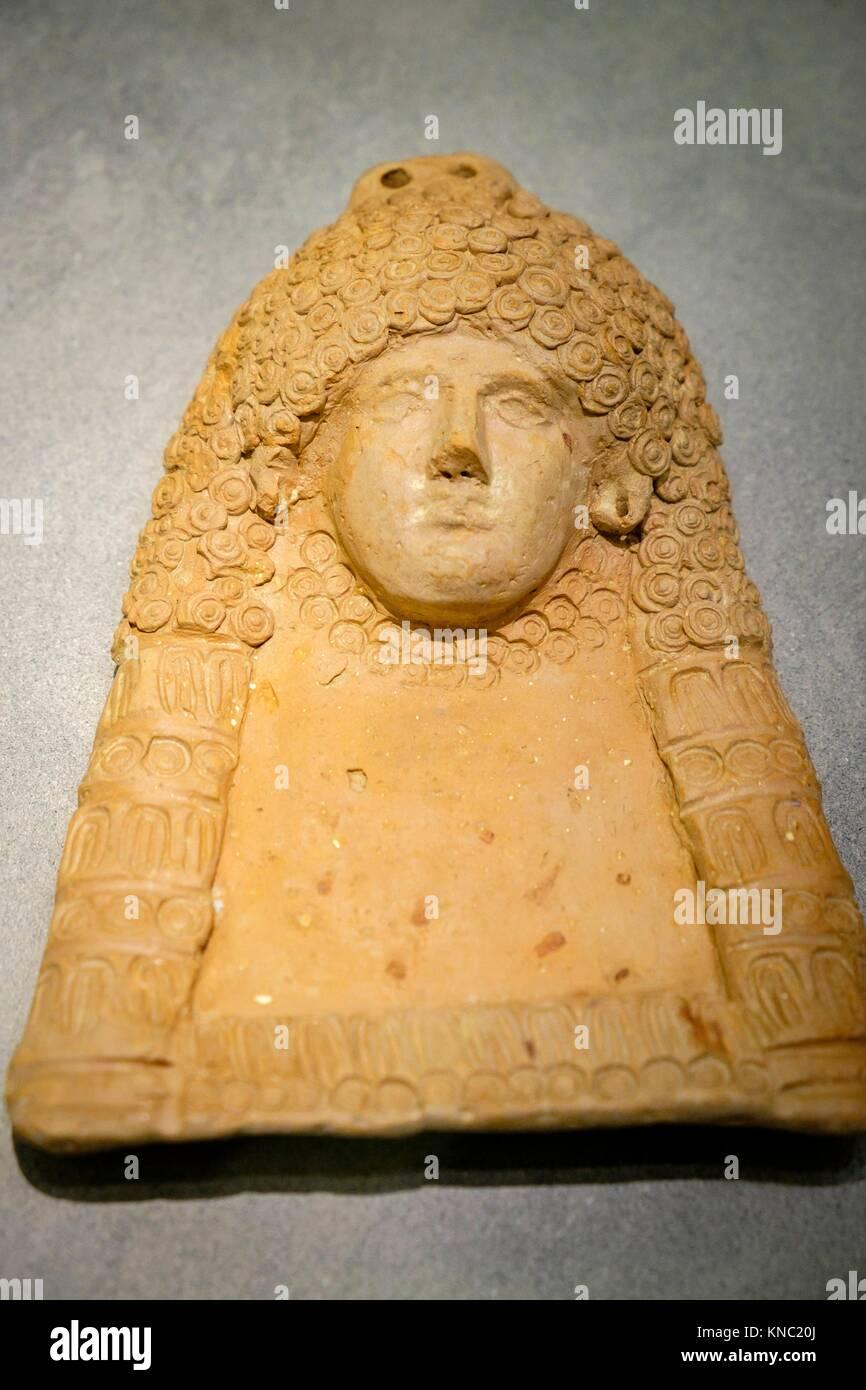 cabeza femenina, 400-300 b.C., caracteristica de la plastica ibicenca, Ibiza and Formentera Archeological Museum, - Stock Image