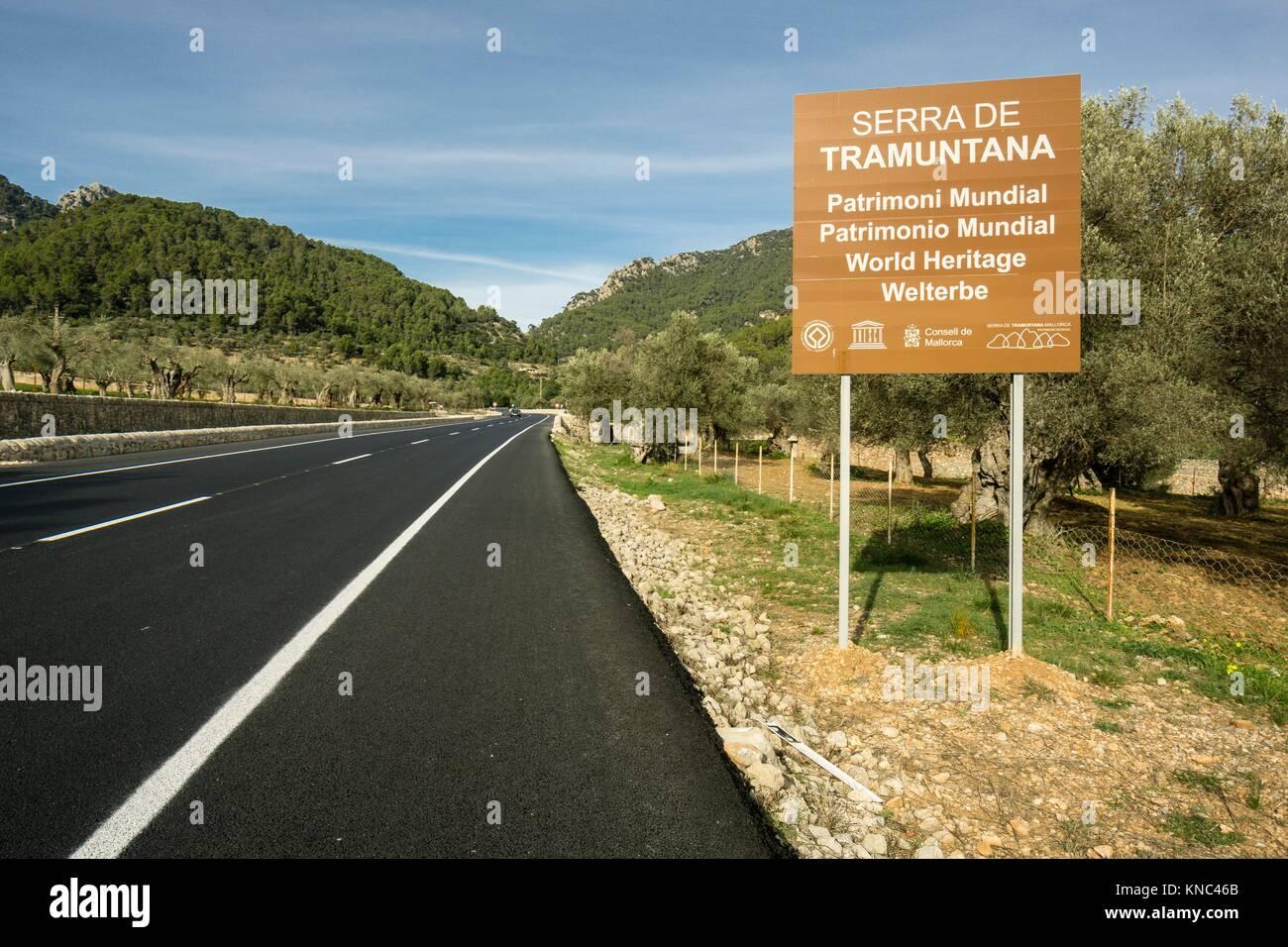 cartel anunciando el parque natural de la sierra de Tramuntana, bunyola, Mallorca, Balearic Islands, Spain. Stock Photo