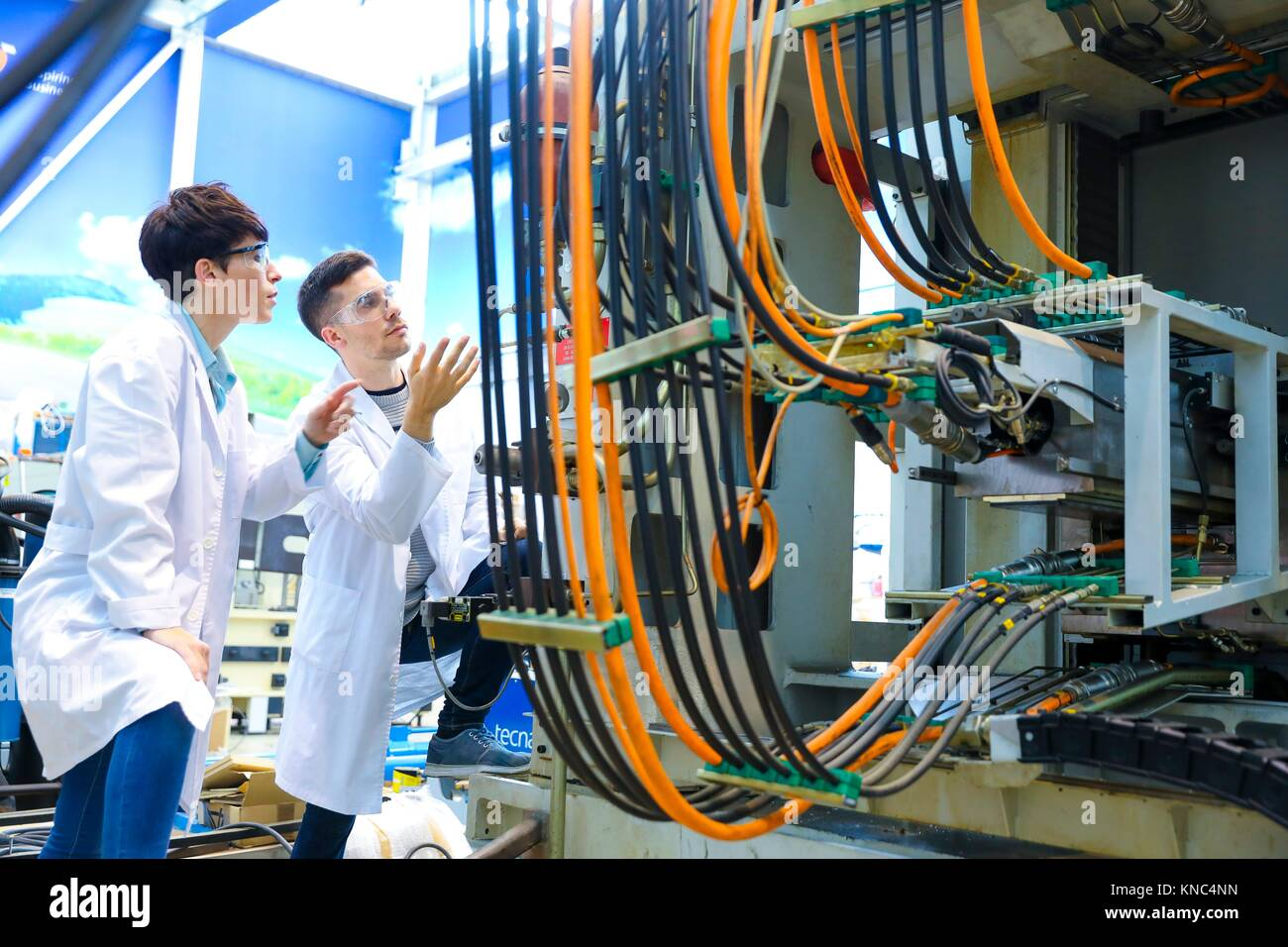 Researchers in machining center, Industry, Tecnalia Research & innovation, Technology and Research Centre, Miramon - Stock Image