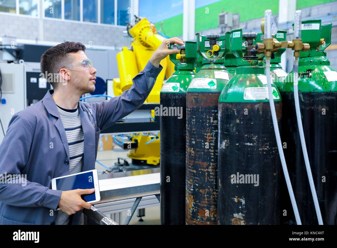 Tanks for compressed gas at high pressure, Argon compressed, Industry, Tecnalia Research & innovation, Technology - Stock Image